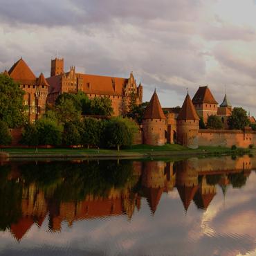Castle</br>- Malbork