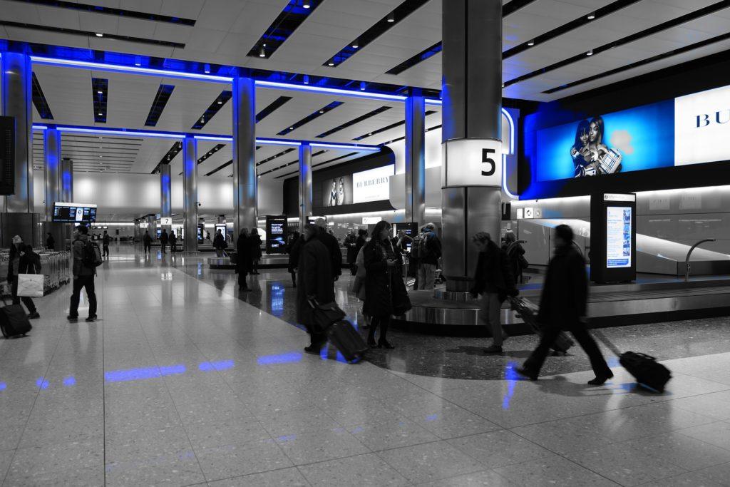 Busy na lotnisko